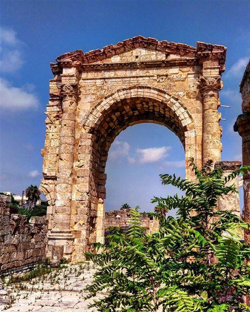 livelovebeirut livelovelebanon lebanon_pictures hd_lebanon ... (Soûr, Al Janub, Lebanon)