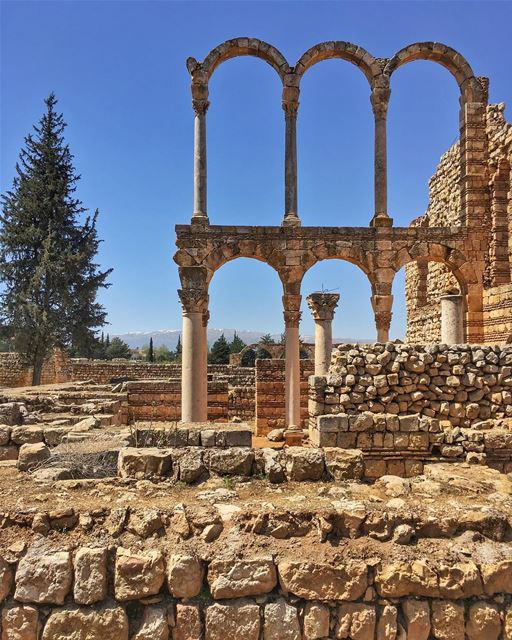 Behind the arches of history..... nature_perfection historicalcity ... (`Anjar, Béqaa, Lebanon)