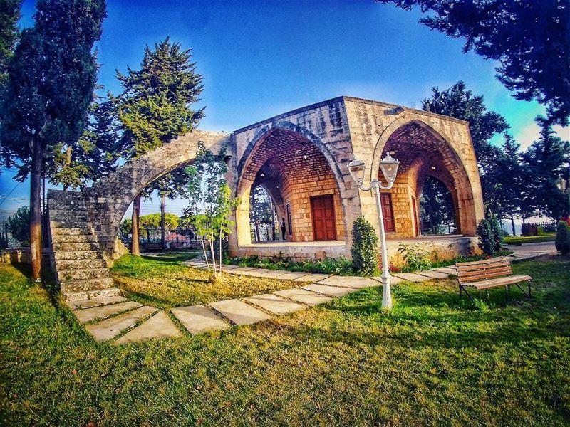 🏡....... derelqamar lebanonhouses meetlebanon super_lebanon ... (Dayr Al Qamar, Mont-Liban, Lebanon)