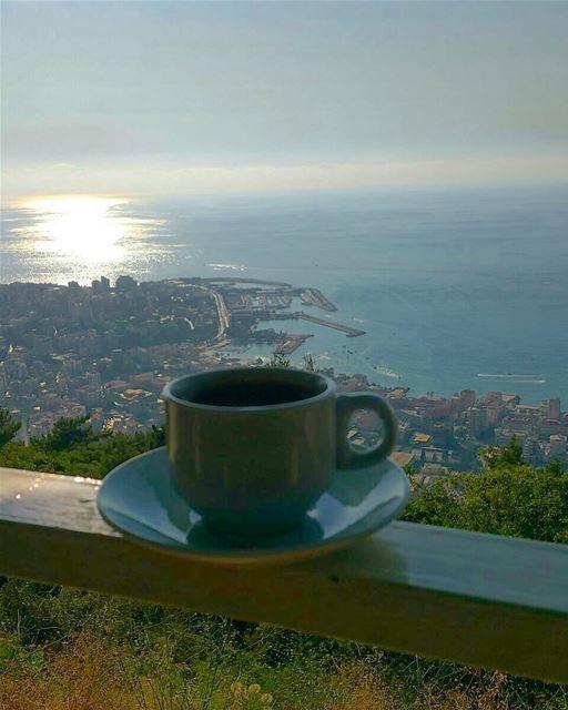 كل شي بوقتو حلو الا قهوتي حلوة بكل الاوقات.. turkishcoffee ... (Joünié)