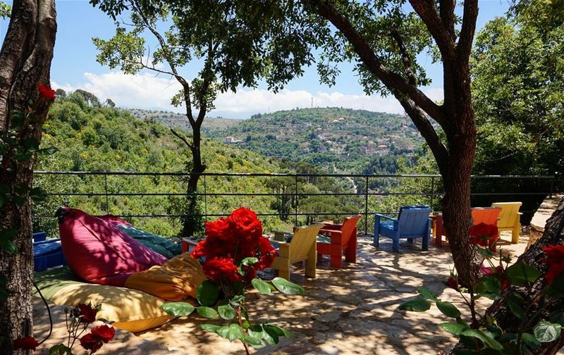 Aspire for a peaceful and cool weekend and you will definitely be blessed... (Dayr Al Qamar, Mont-Liban, Lebanon)