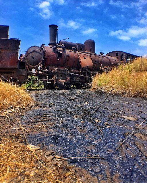 Tripoli abandoned Train Station - Lebanon 🚂🚂🚂🚂🚂🚂🚂🚂🚂.This oil... (Tripoli Train Station)