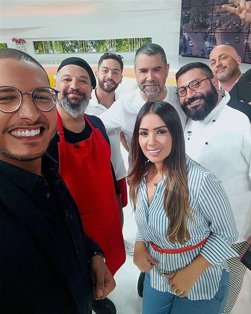 صباح_النور 🌞❤️ التلفزيون_العربي Friday Episod Selfie picoftheday ... (50 Frames Studios)