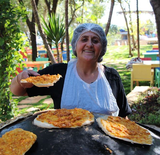 The garden, the saj, the lady's smile... Good morning from Beit El...
