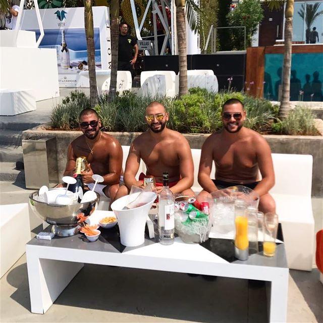 sundayfunday sundayvibes Veerlb Kaslik TheUltimateExperience ... (VEER Boutique Hotel & Beach Club)