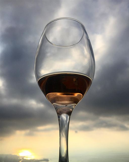 Cheers 💚 me mylife myworld cheers wine lebanon friends producer ... (Brummana)