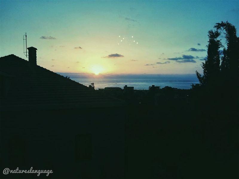 sunset at saida 🌅 ...... lebanon mylebanon lebanon_hdr ... (Saïda, Al Janub, Lebanon)