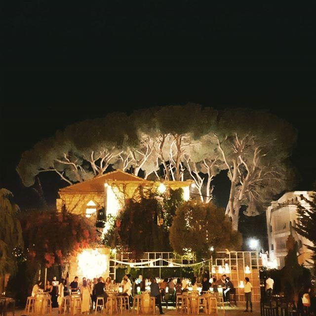broummana summer life party under trees italian restaurant pool ...
