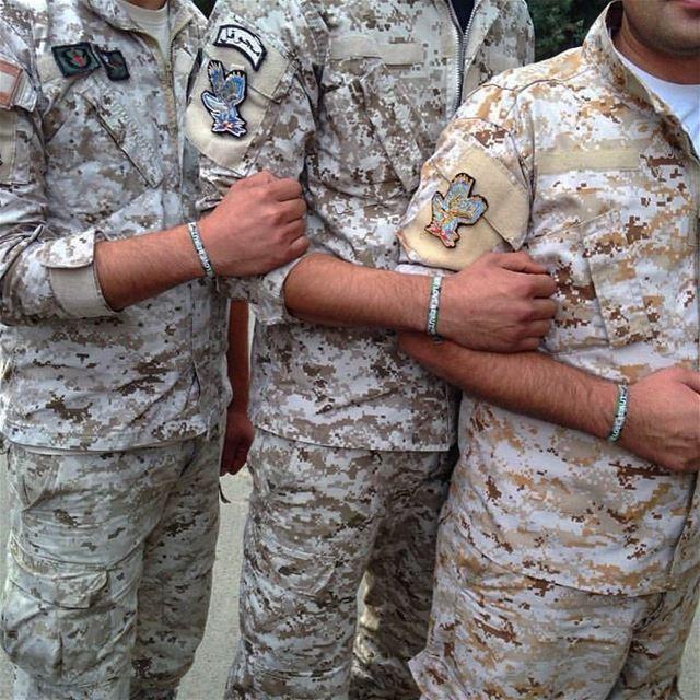 God bless our dearest Army 🇱🇧! peterwenmakenForever proud ❤️☝🏻 (ثكنة فوج المجوقل)