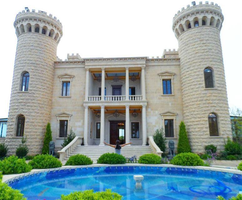 The hightower castle 🇱🇧🇱🇧❤❤ discoverlebanon explorelebanon ... (Baisour, Mont-Liban, Lebanon)