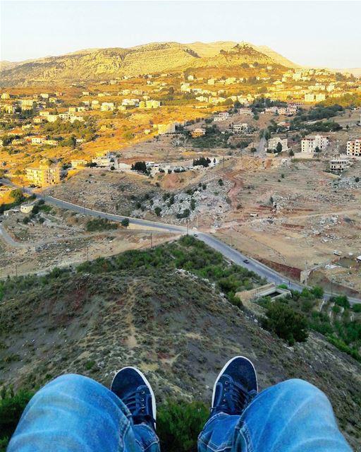 Meanwhile in ehden..🏃...... untouchedlebanon adventure explore... (Ehden, Lebanon)