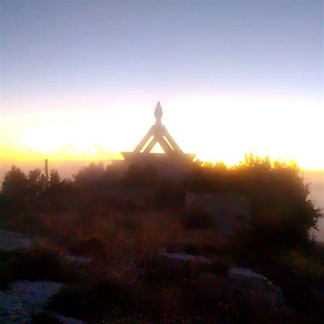 ehden sunset fog saydetelhoson ehdenadventures liveloveehden ... (Ehden Adventures)