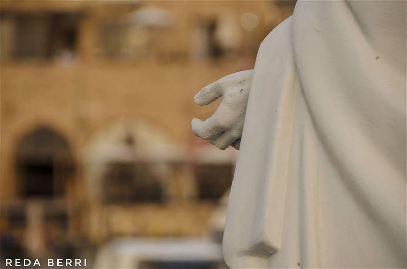 كونوا يدي الممتدة الى العالم ! lebanon batroun livelovebcharre ... (Batroûn)