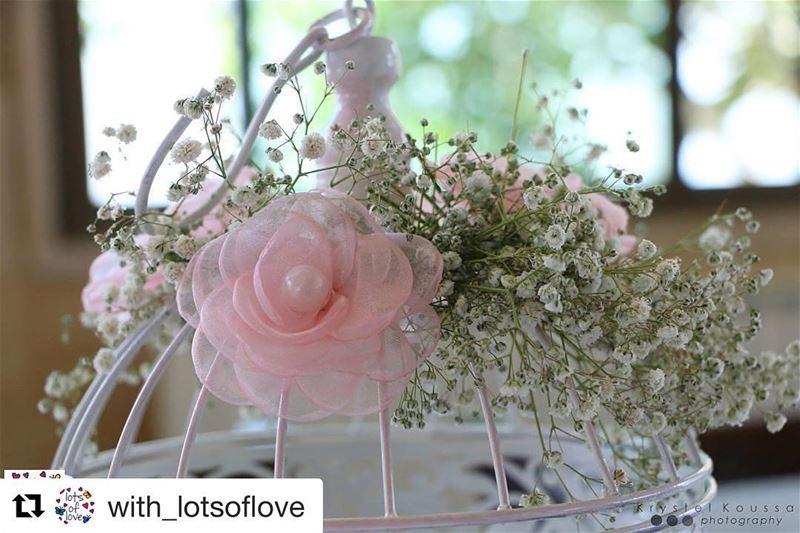 Repost @with_lotsoflove ・・・ Beauty in the Details 🎀😍🌿From LYNN E.... (Zahr El Rabih Restaurant زهر الربيع الزعرور)