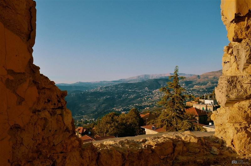 The mountains are calling me and I must go👋🏼⛰ (Aley)