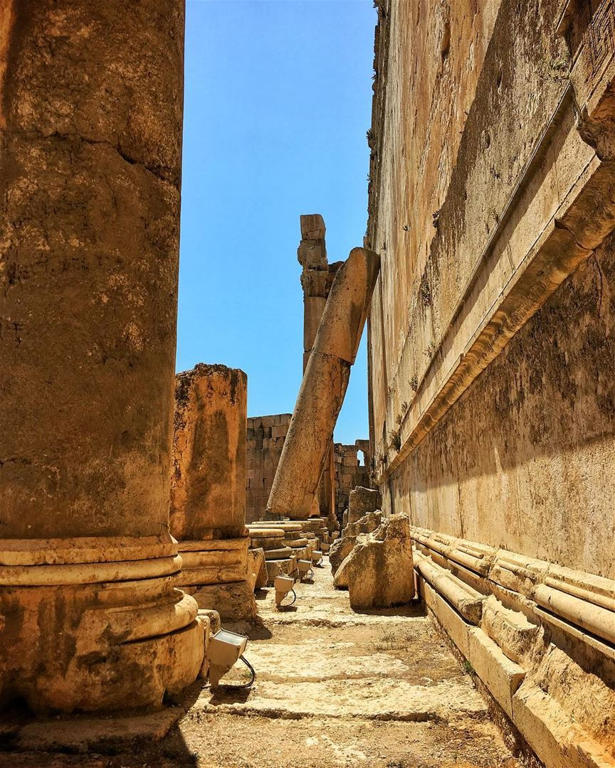 Heliopolis ☀️🏛 (بعلبك القلعة)