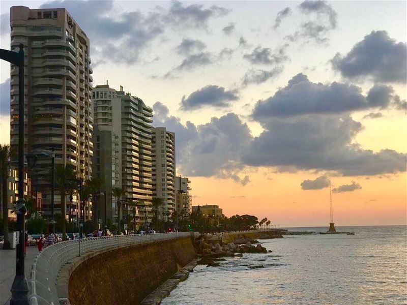 Beirut- For your endless beauty, your many contradictions, your beautiful... (Ain El Mreisse, Beyrouth, Lebanon)