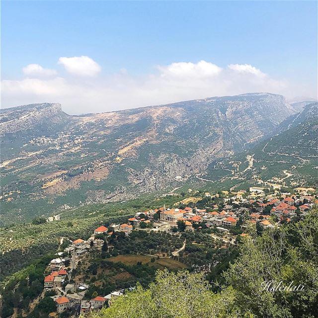 From Douma with ❤️ lebanonbyalocal whatsuplebanon ig_lebanon ... (Douma, Liban-Nord, Lebanon)