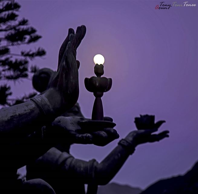 I took this picture on the night of the super moon - Lantau Island, Hong... (Big Buddha, Lantau, Hong Kong)