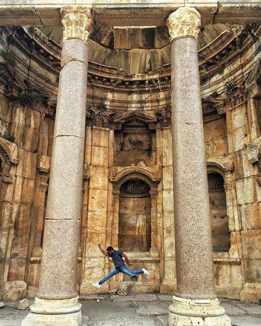🏃🏻 ... (Baalbek , Roman Temple , Lebanon)