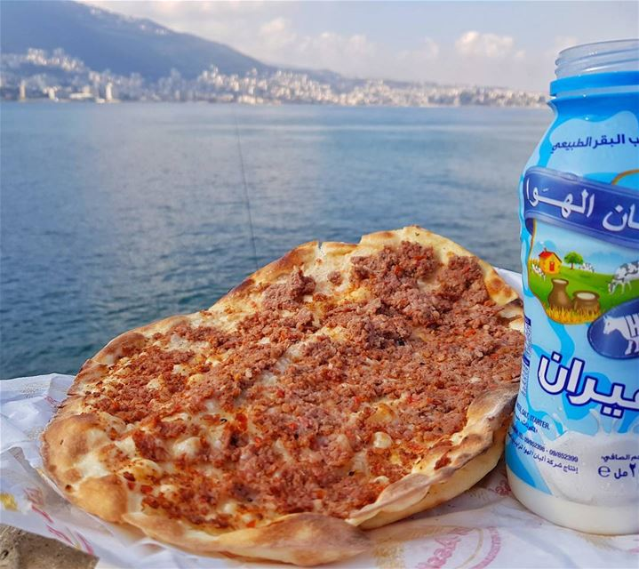 Caption this lebanon beirut jounieh whatsuplebanon food foodpic ... (خليج جونيه)