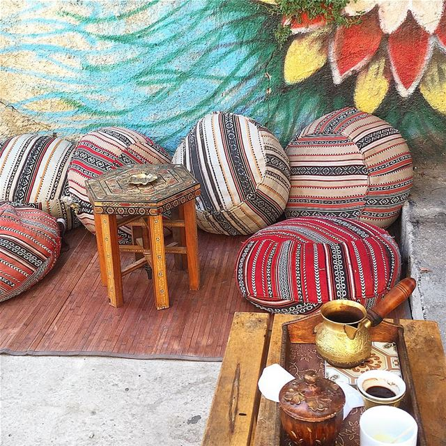 Let's have a loooong break ...bi CAFÉ stress ☕️😅😜😀 whatsuplebanon...