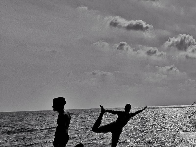 yoga yogabeach yogasea batroun northlebanon ... (Batroûn)