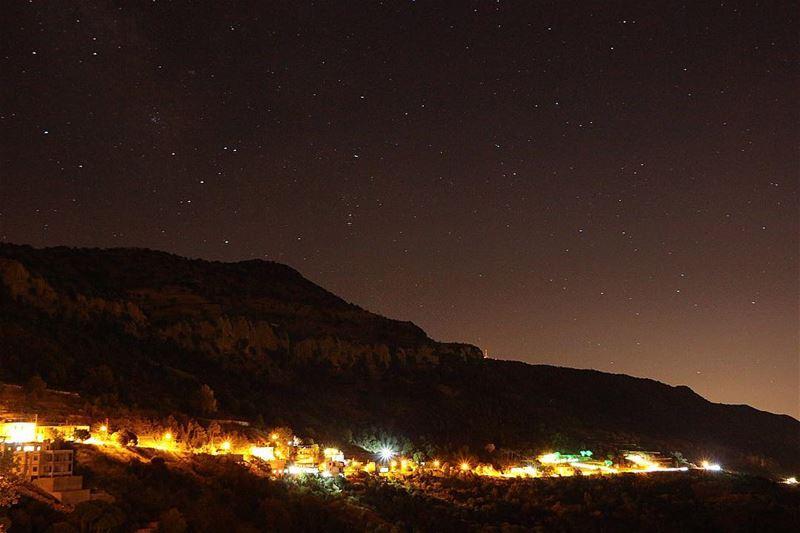 🌃✨.... night nightphotography nightshot landscape... (Jezzîne, Al Janub, Lebanon)