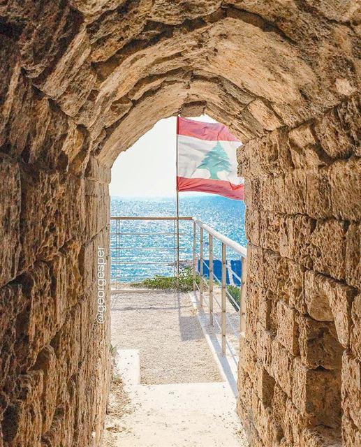 Byblos Citadel, Lebanon 🇱🇧..... proudlylebanese beautifullebanon ... (Byblos, Lebanon)