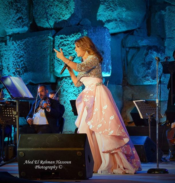 A great voice...a diva... Samira Said performing in Baalbeck International... (Baalbek , Roman Temple , Lebanon)