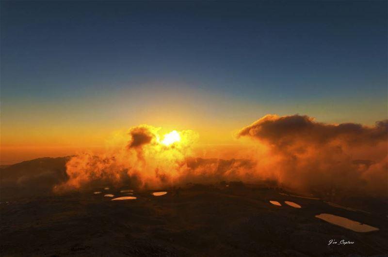 Warm Sunset 😎••• Nikon NikonDX Nikonphotography NikonDSLR ... (Aaqoura, Mont-Liban, Lebanon)