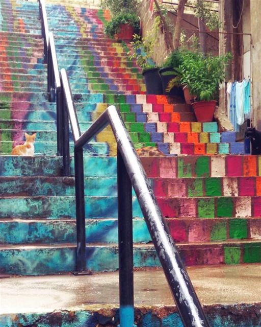 Life is Art.. Live yours in Color 🎨🌈🎈 .............. (Achrafieh Azariyeh)