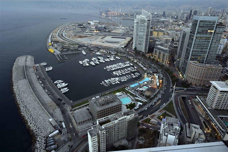 """بيروت (📸 """"لبنان 24"""") . . . Beirut Lebanon livelovelebanon ..."""