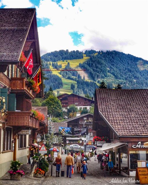 Follow your bliss ....... swissvillage beautifulneighborhood ... (Gstaad)