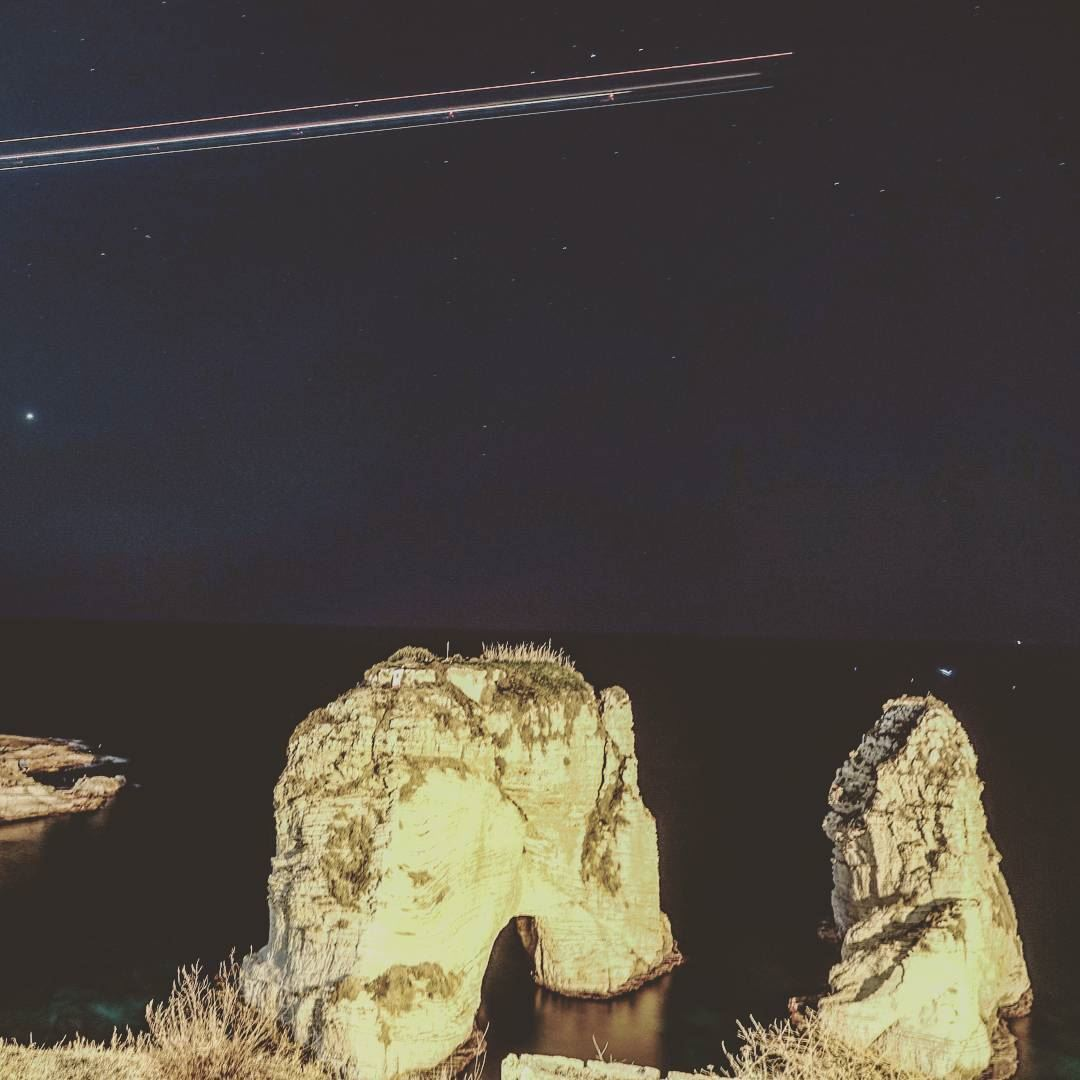 Final Goodnight to Beirut🌃Pretending airplanes are like shooting stars � (Beirut, Lebanon)
