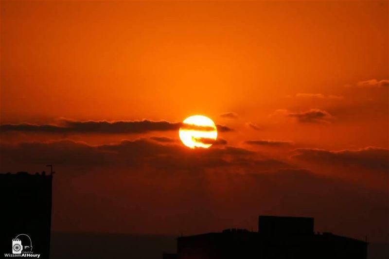 sunset sun sunray clouds beirut lebanon... (Beirut, Lebanon)
