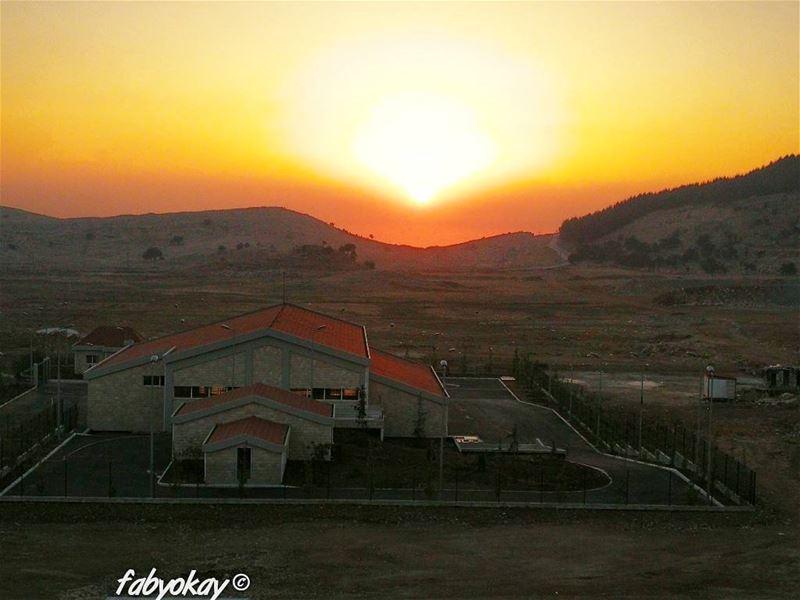 sunset sunsetlovers soliel sol sunsets sunsetporn lebanon ig_lebanon... (Mount Lebanon Governorate)