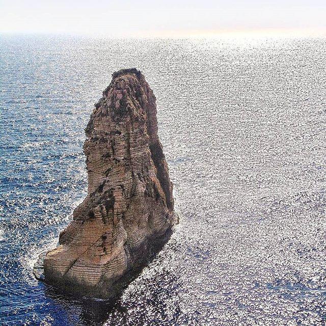 الصخرة المنسية ! (Raouché)