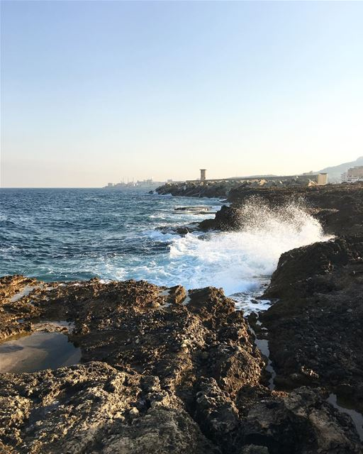 lebanon livelovephotography livelovebatroun instabatroun beachbatroun... (Batroûn)