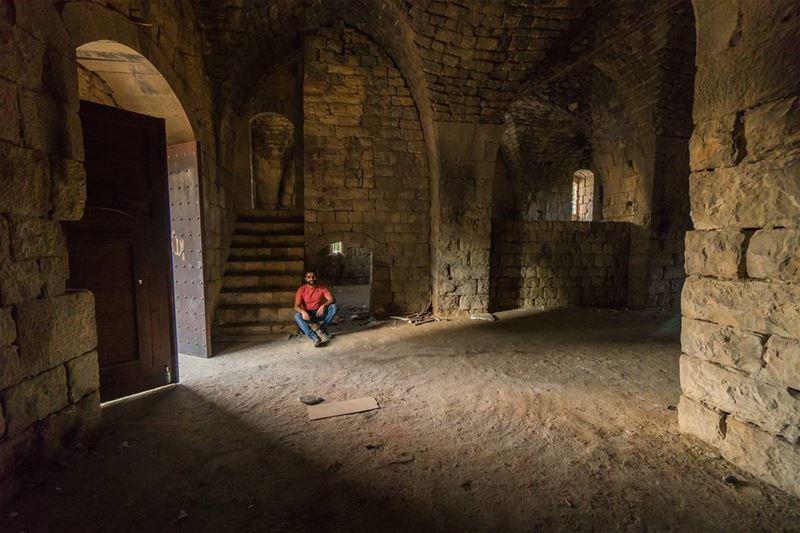One of Chouf's many forgotten castles lebanon vsco ... (Baadarâne, Mont-Liban, Lebanon)
