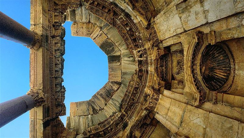 Enter the Baalbek temples and look up!... ruins ancient history ... (Baalbek, Lebanon)