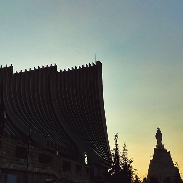 Harissa Sunsets by @theobaf @livelovejounieh @livelovearchitecture (Harrisa)