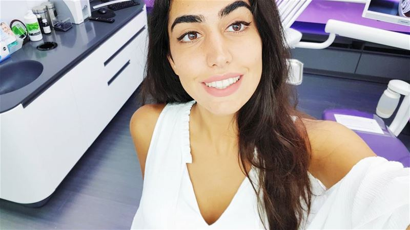 Behing every great smile is an amazing dentist 😁😋 @dr.carolezammarie ❤.... (Dent Worry DMC)