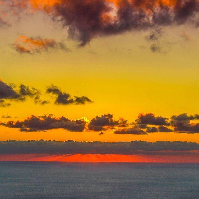 Multicolor sunset by @mahdifad (Kayfun, Mont-Liban, Lebanon)