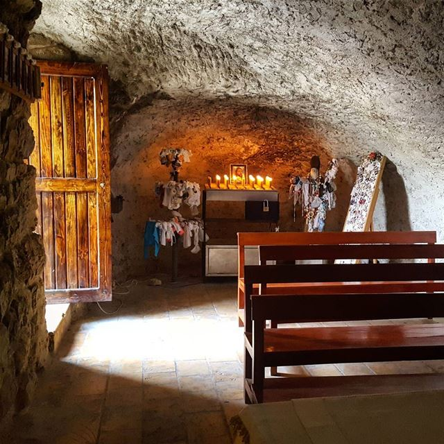 🙏💛 An old  miraculous  grotto considered for generations as a sacred... (Mar Abda Zekrit)