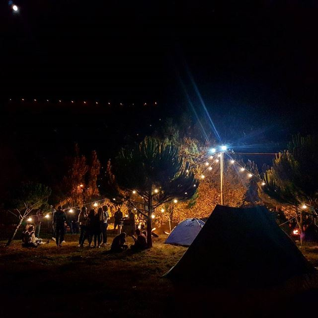 Sogni d'oro. lategram  camping  stars  moon  nature  forest  festival ... (Chbânîyé, Mont-Liban, Lebanon)