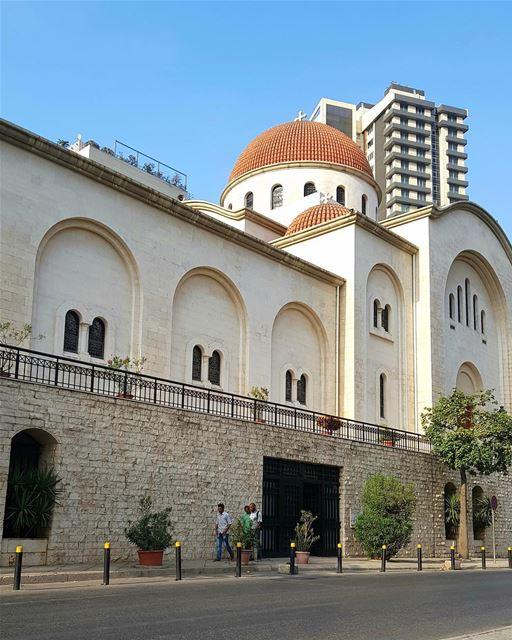 A catedral ortodoxa grega de São Nicolau em Achrafieh foi nomeada em... (Achrafieh, Lebanon)