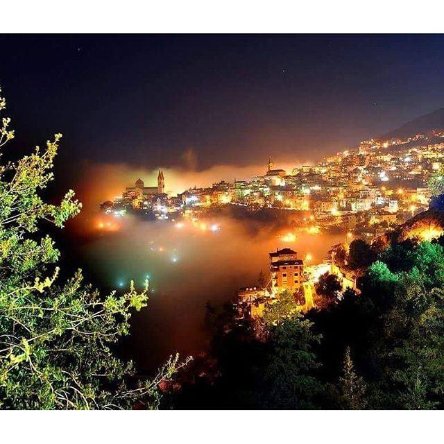 Heavenly @livelovebcharre at night by ziadrahmephotography (Bsharri, Lebanon)