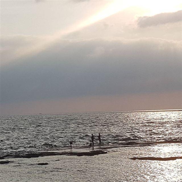 Fishermen teach us patience, hope and resilience... nofilter tripoli... (Corniche El Mina Tripoli)
