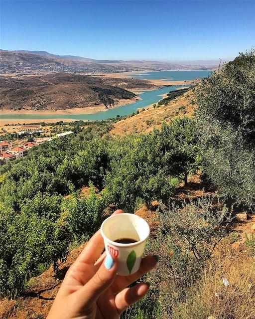 TGIF ☕️🌄 tgif coffee morning bekaa westbekaa lebanon nature ... (Aïn Zebdé, Béqaa, Lebanon)